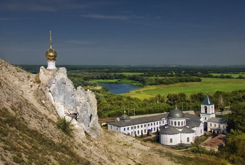 Свято-Спасский-женский-монастырь-село-Костомарово